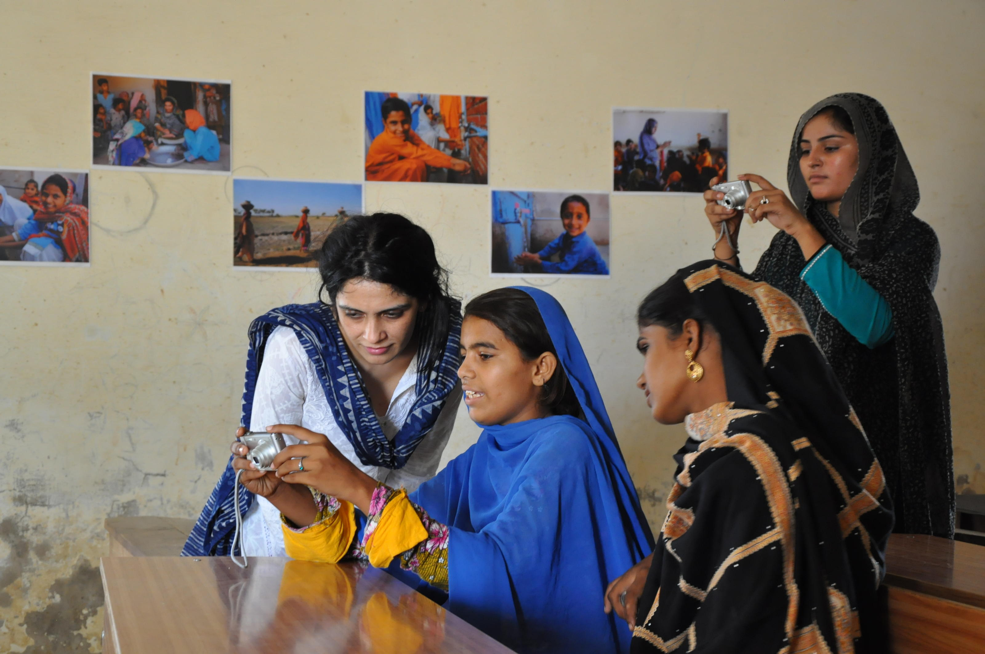 Ayesha from WaterAid Pakistan during a participatory photography workshop in Sindh, Pakistan.